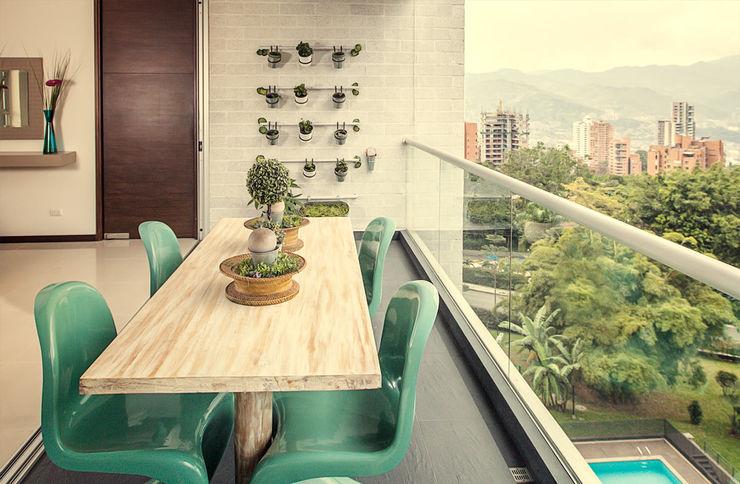 Balcón Cristina Cortés Diseño y Decoración Balcones y terrazasMuebles