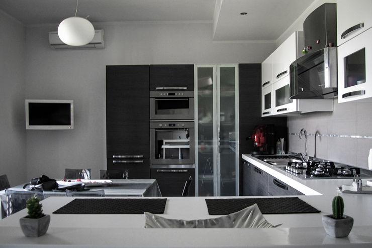 Realizzazioni DAA - Daniele Auletta Architetto Modern Kitchen