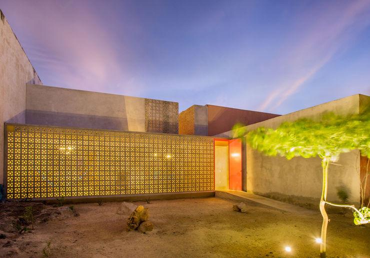CASA GABRIELA TACO Taller de Arquitectura Contextual Casas modernas