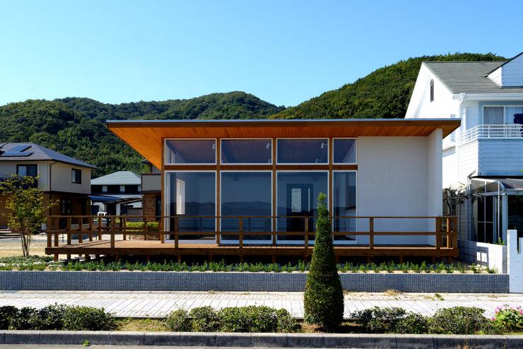 青木建築設計事務所 Modern houses Sandstone White