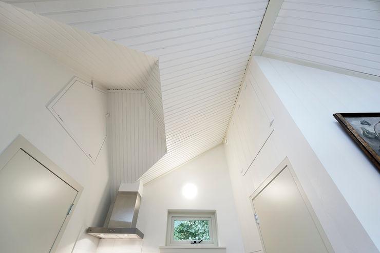 Architectenbureau Vroom Nhà bếp phong cách đồng quê
