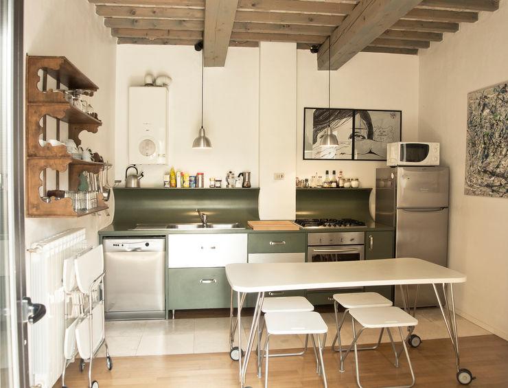 Fienile in Toscana Studio Sarpi Cucina moderna