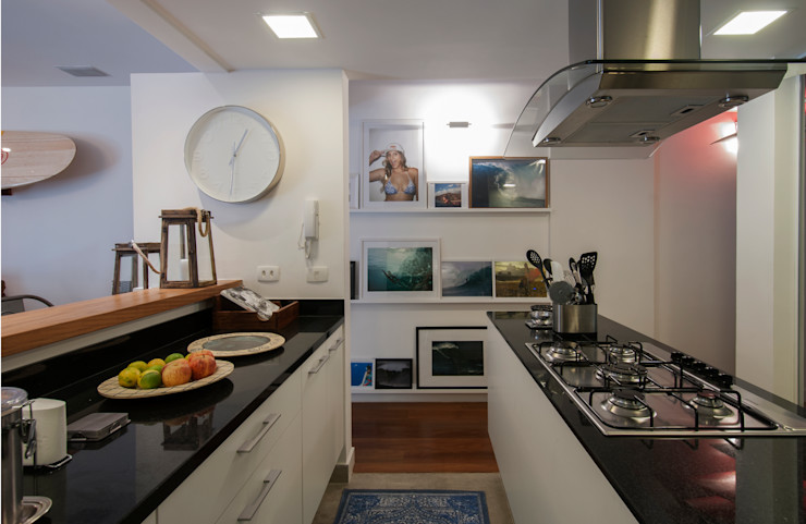 APARTAMENTO JARDIM OCEÂNICO | Cozinha Tato Bittencourt Arquitetos Associados Cozinhas modernas