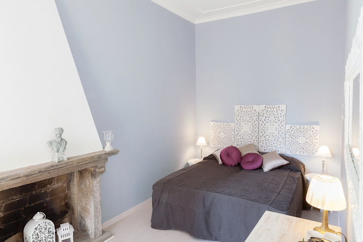 Tania Mariani Architecture & Interiors Eclectic style bedroom Wood Grey