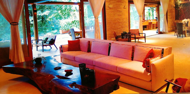 MADUEÑO ARQUITETURA & ENGENHARIA Rustic style living room Wood