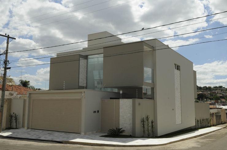 A/ZERO Arquitetura Moderne Häuser