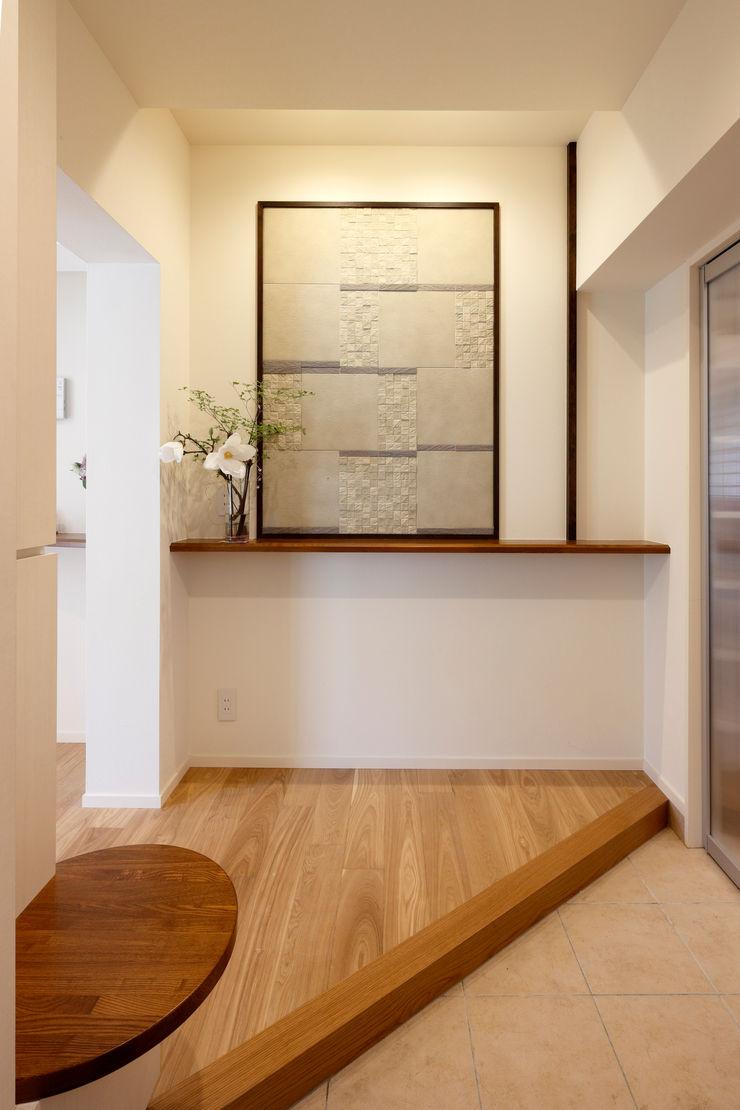 玄関 シーズ・アーキスタディオ建築設計室 モダンスタイルの 玄関&廊下&階段