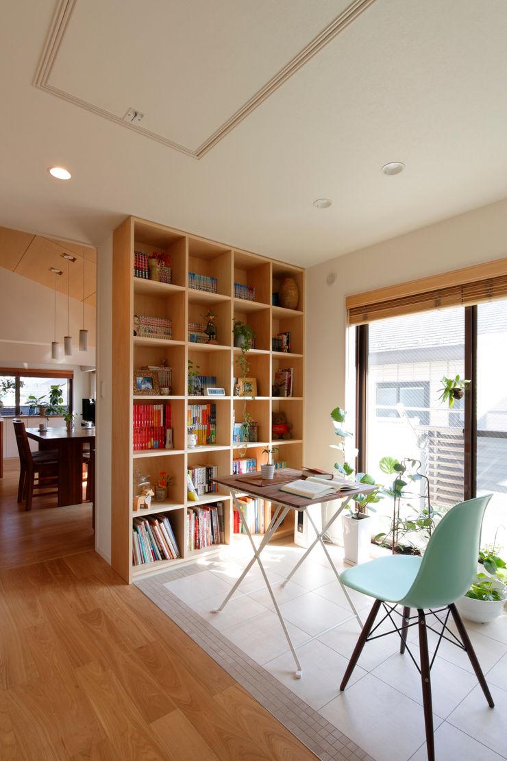 コージーコーナー シーズ・アーキスタディオ建築設計室 モダンデザインの 多目的室