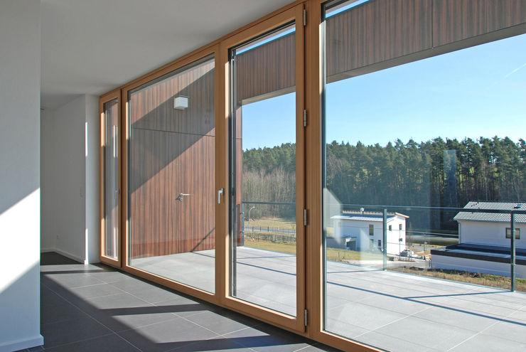 Innenraum / Balkon Fichtner Gruber Architekten Moderner Balkon, Veranda & Terrasse