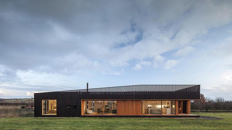 ecospace españa Casas modernas: Ideas, imágenes y decoración Madera Acabado en madera