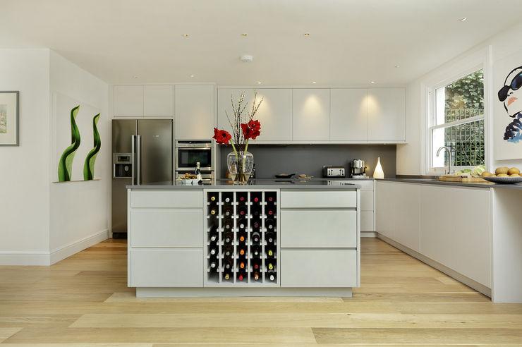 KITCHENS: The Ladbroke Cue & Co of London Modern kitchen