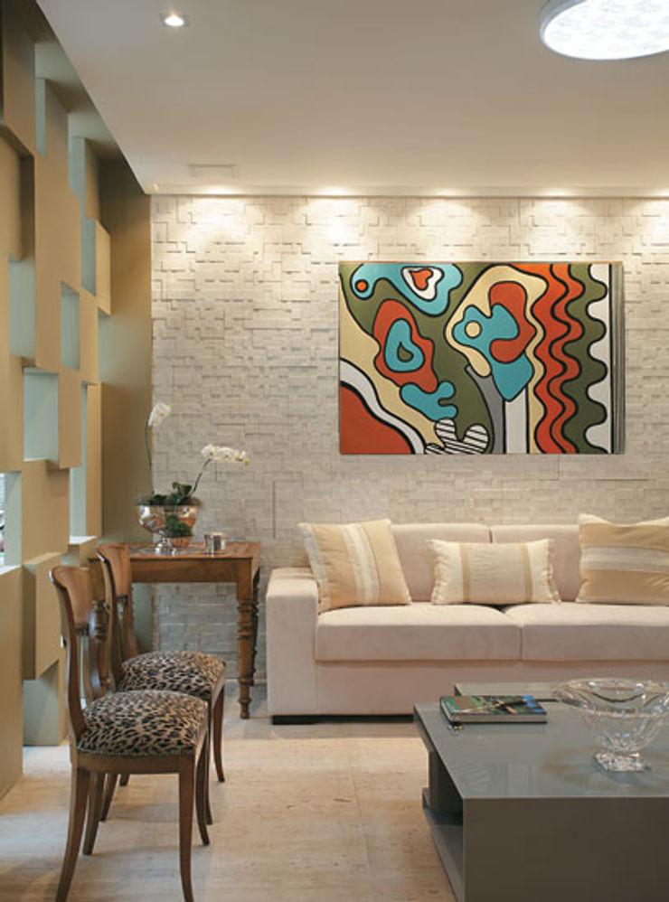 Emmilia Cardoso Designers Associados Modern living room