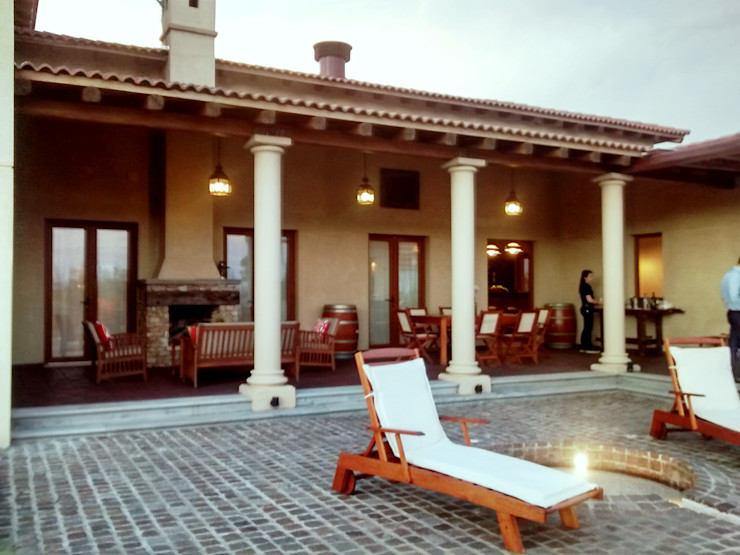 Azcona Vega Arquitectos Patios & Decks