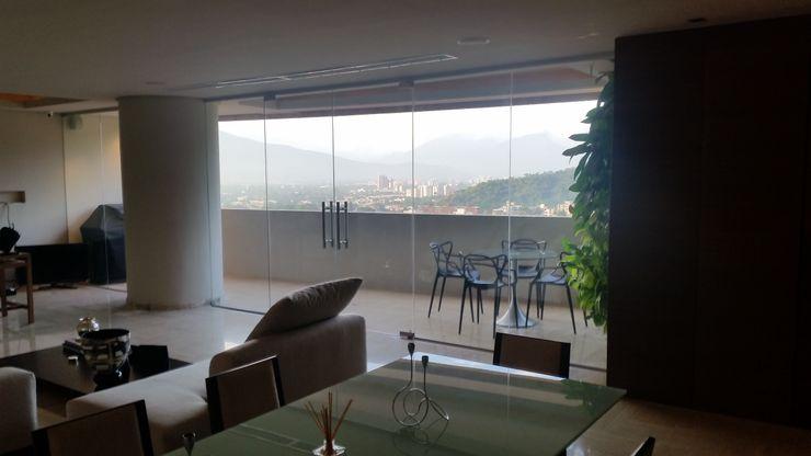 Terraza Integrada y Gran vista de la Ciudad Complementi Centro Decorativo