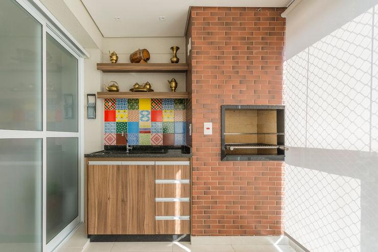 Varanda Gourmet Sandra Pompermayer Arquitetura e Interiores Varandas, alpendres e terraços modernos