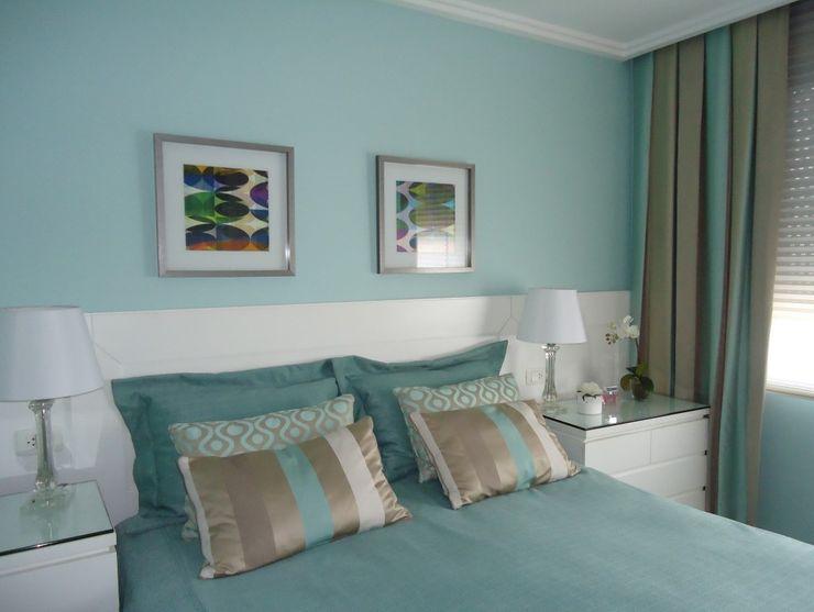 Débora Noronha Arquitetura Dormitorios de estilo clásico