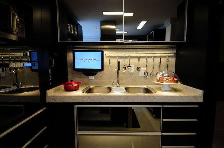 T+H arquitetura & interiores Modern kitchen
