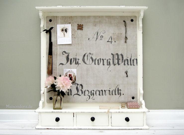 Maisondora Vintage Living KitchenCabinets & shelves Wood White
