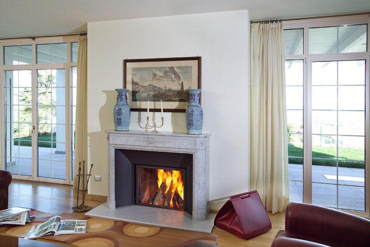 Realizzazioni Toppino snc Living roomFireplaces & accessories