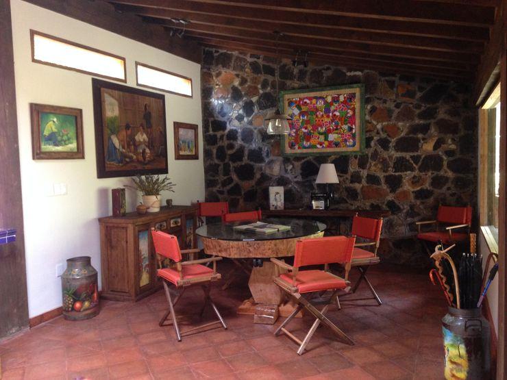 MVarquitectos Arq. Irma Mendoza Rustic style dining room