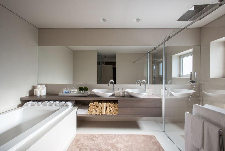 CASA MARQUES INTERIORES Salle de bainBaignoires & douches Céramique Marron