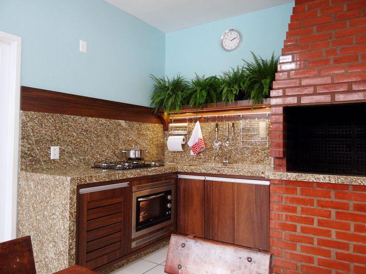 Ponta Cabeça - Arquitetura Criativa Modern Kitchen Brown