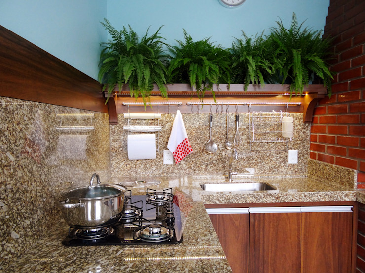 Ponta Cabeça - Arquitetura Criativa 現代廚房設計點子、靈感&圖片 Brown