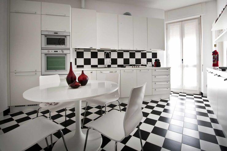 Raffaella Alessandra Calzoni KitchenTables & chairs White