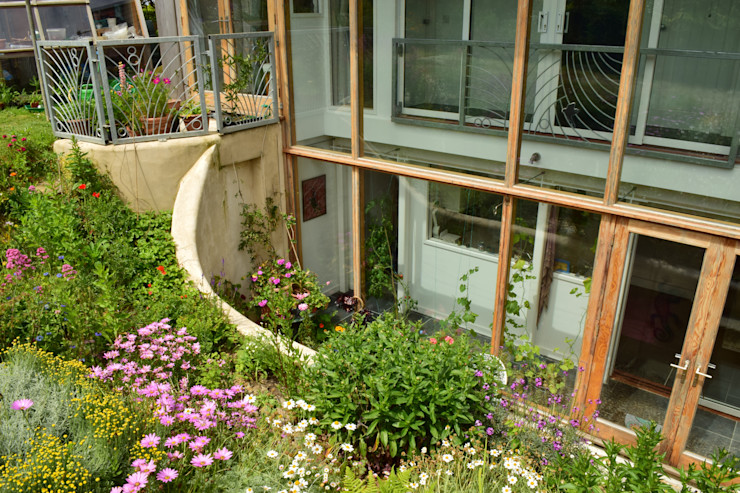 Porthcothan Responsive Home Innes Architects Modern garden