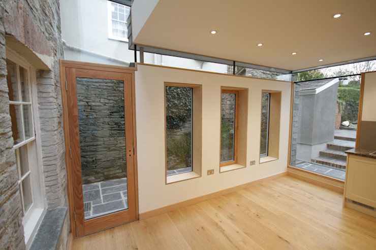 Whiterock Innes Architects Modern style kitchen Wood