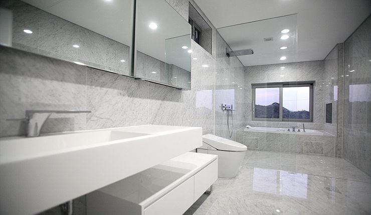 엔디하임 - ndhaim Modern bathroom Grey