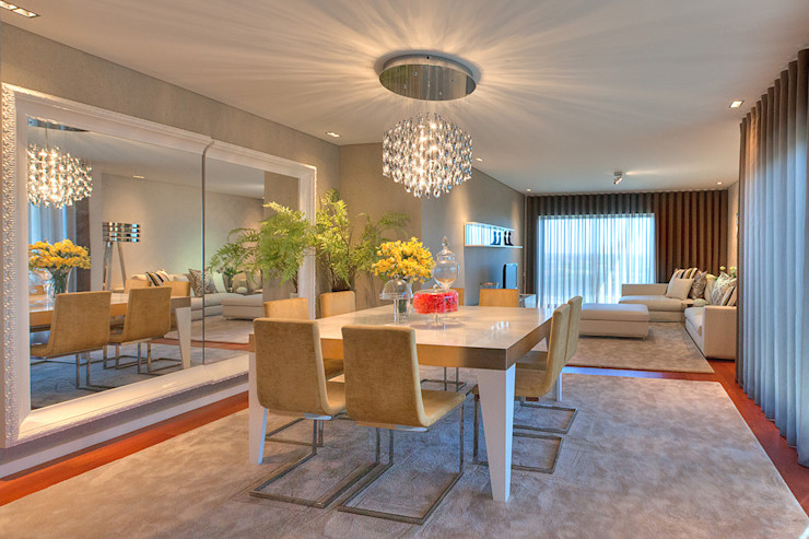ARKHY PHOTO Dining roomTables