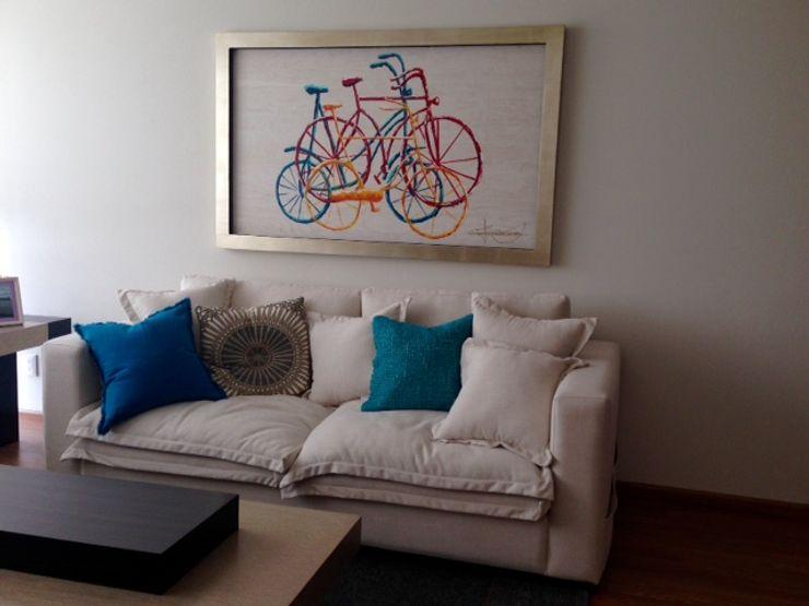 Alejandra Zavala P. Living roomAccessories & decoration