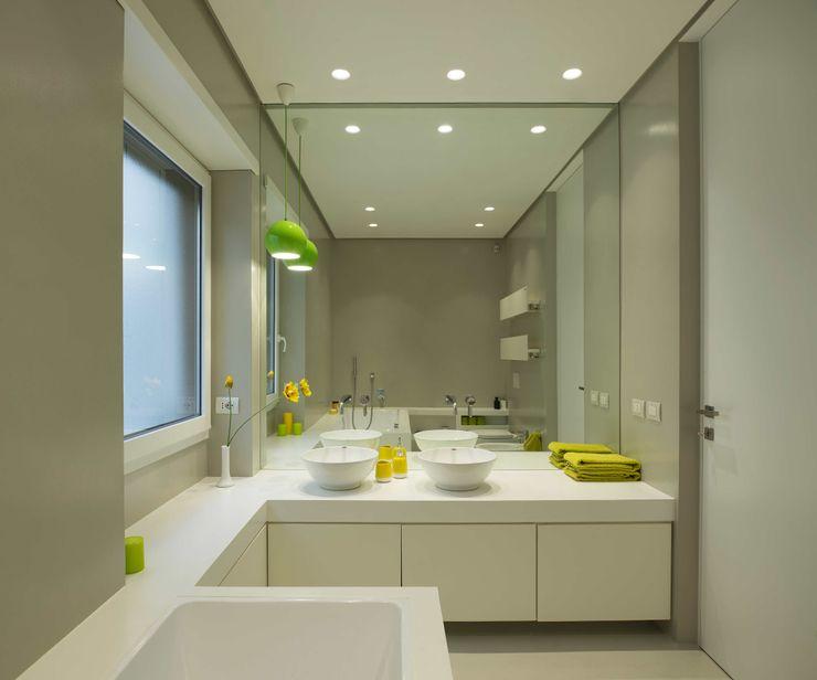 Trastevere House Arabella Rocca Architettura e Design Bagno minimalista