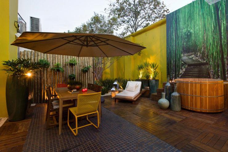 Meire Lemes Designer de Interiores Balcones y terrazas de estilo moderno
