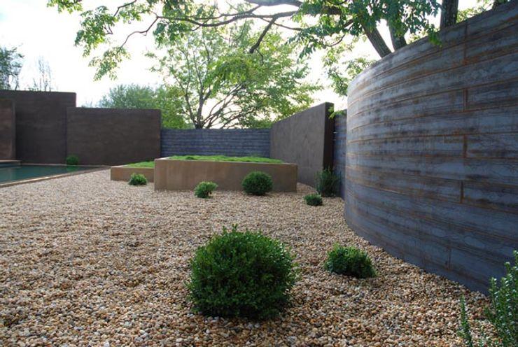 Un espace contemporain zen Jean-Jacques Derboux Jardin méditerranéen