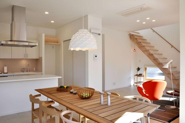 株式会社 ヨゴホームズ Scandinavian style living room