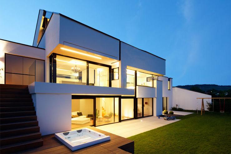 GOLDEN GATE LEE+MIR Moderner Balkon, Veranda & Terrasse