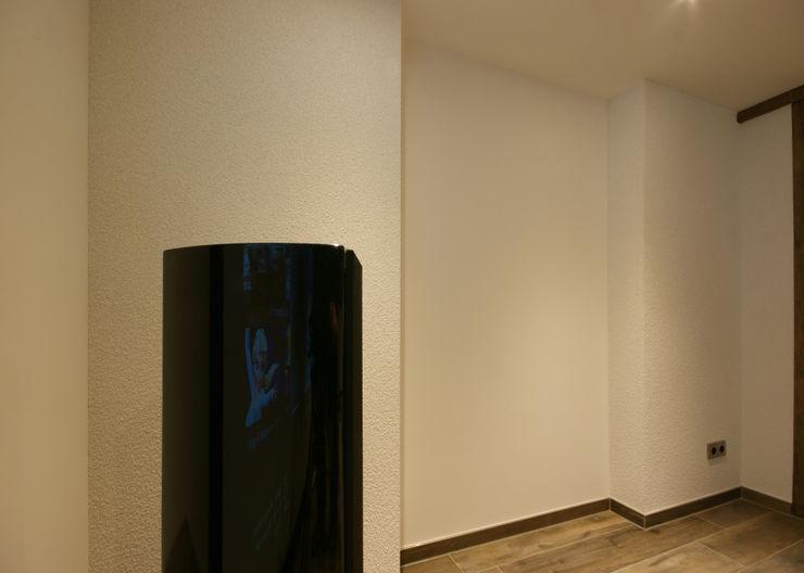 Dipl.-Ing. Innenarchiktetur Modern media room