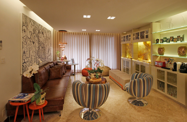 Estar íntimo Jacqueline Ortega Design de Ambientes Salas de estar clássicas