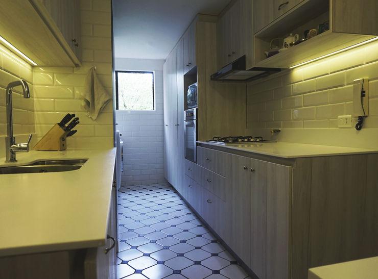 KRAUSE CHAVARRI Dapur Modern
