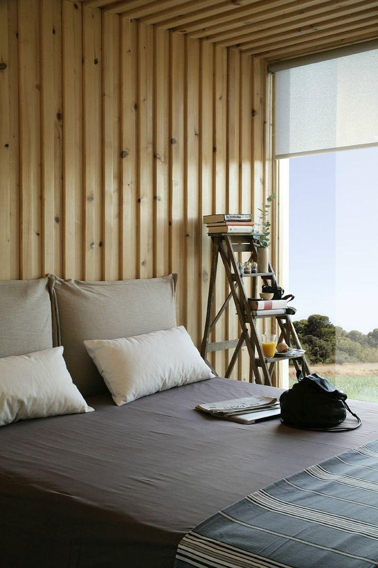 NOEM Modern Bedroom