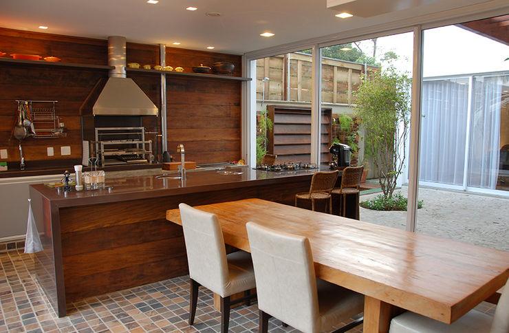 Cozinha Gourmet MONICA SPADA DURANTE ARQUITETURA Cozinhas modernas