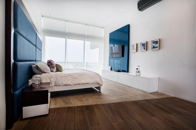 Dormitorio principal homify Dormitorios de estilo moderno