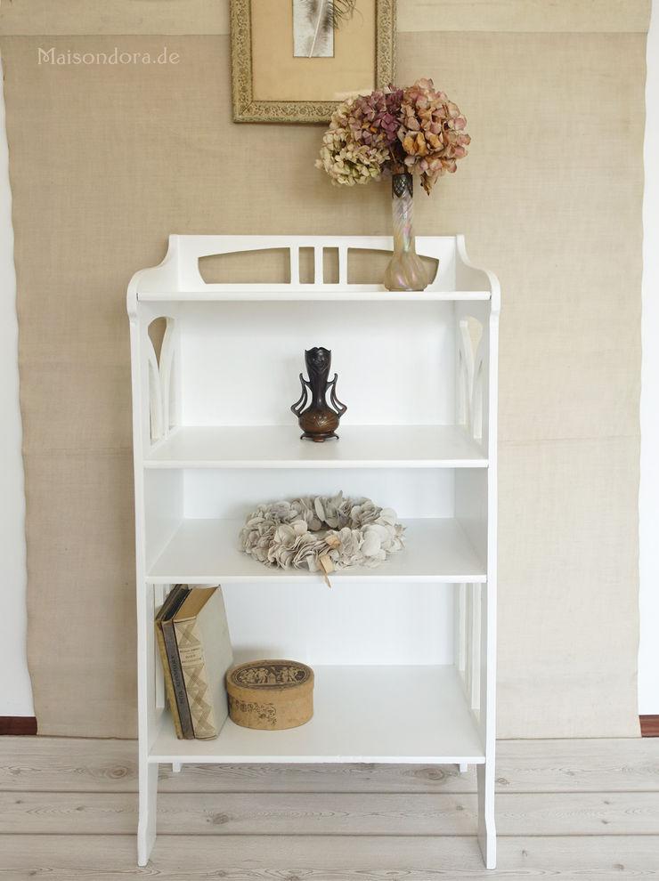 Maisondora Vintage Living Living roomShelves Wood White