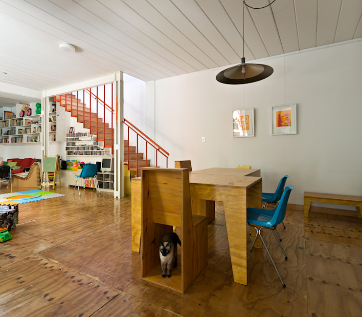 Pop Arq Minimalist dining room