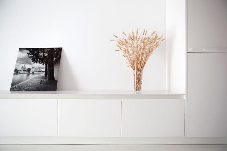 Detalle sala de estar CABRÉ I DÍAZ ARQUITECTES Salones minimalistas