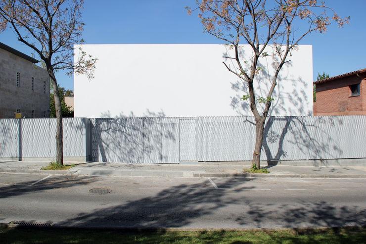 CABRÉ I DÍAZ ARQUITECTES Minimalistische Häuser