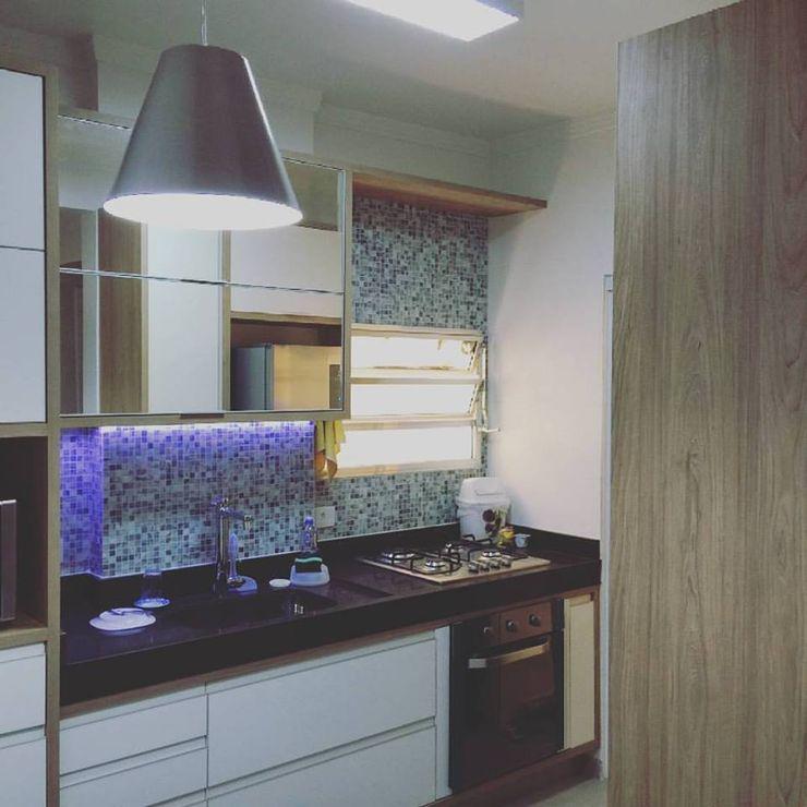 Rachel Avellar Interiores 現代廚房設計點子、靈感&圖片 Blue