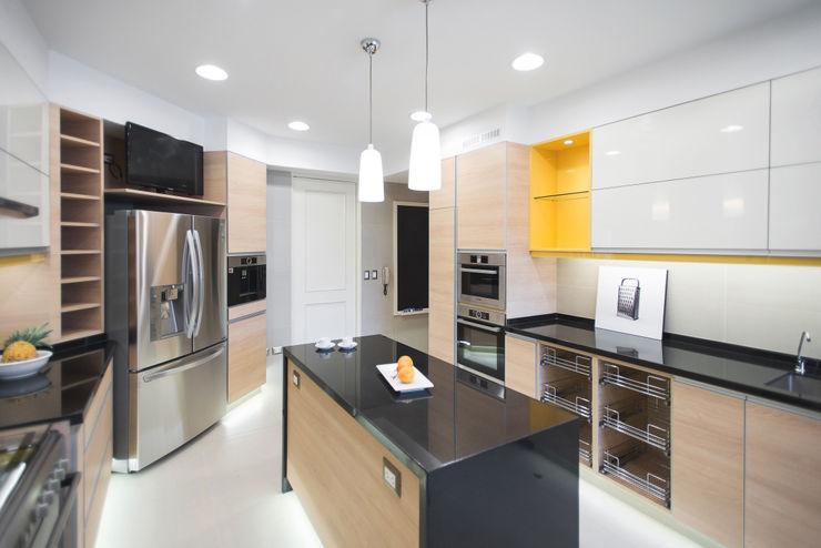 Cocina a medida Duo Arquitectura y Diseño Cocinas de estilo moderno